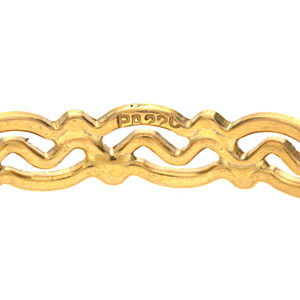 Shimmering 22K Yellow Gold Swirl Diamond Cut Bangle