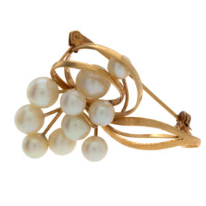 Elegant 18K Yellow Gold 10 Cultured Pearl Brooch