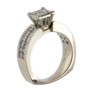 19K White Gold 28 Diamond 1.17TDW Engagement Ring