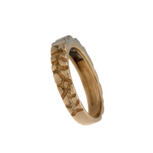 14K Yellow & White Gold Nugget Pattern Band w/ 3 Diamonds