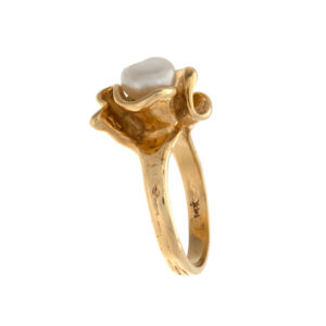 Gorgeous 14K Yellow Gold Baroque Pearl Tulip Ring
