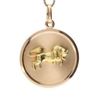UnoAErre 18K Yellow Gold 33mm Taurus Bull Disc Pendant