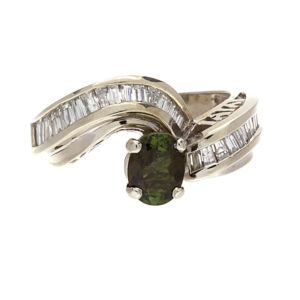 14K White Gold 1.40CT Green Tourmaline & 32 Diamond Ring