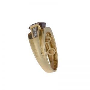 10K Yellow Gold Signet Style Ring w/ Created Garnet & 6 Diamonds