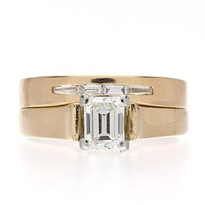 18K Yellow Gold 0.84TDW 5 Diamond 2 Ring Wedding Set