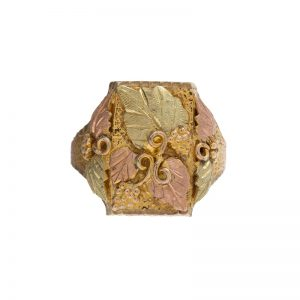10K – 12K Tri Gold Black Hills Floral Signet Style Ring
