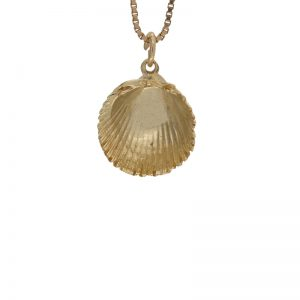 10K Yellow Gold 16mm Diamond Cut Clam Shell Charm/Pendant