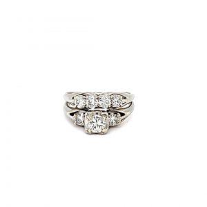 18K White Gold 7 Diamond 2 Ring Wedding Set