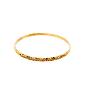 22K Yellow Gold 3.7mm Diamond Cut Wave Frosted Bangle