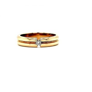 14K Yellow Gold .05CT Diamond Solitaire Grooved Centre Ring