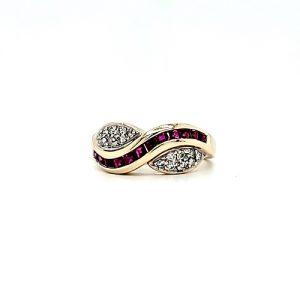 10K Yellow Gold 12 Square Cut Ruby & Diamond Wave Ring