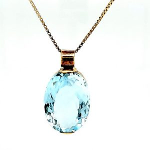 18K Yellow Gold 28CT Oval Faceted Blue Topaz Pendant