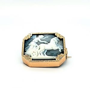 15K Yellow Gold Square Angel & Horse Cameo Brooch