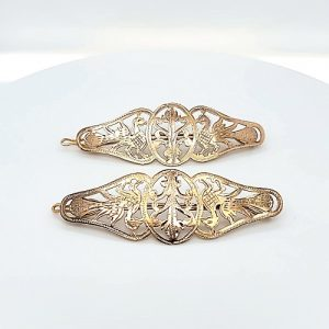 Pair of 17K Yellow Gold Fine Carved Hair Clips
