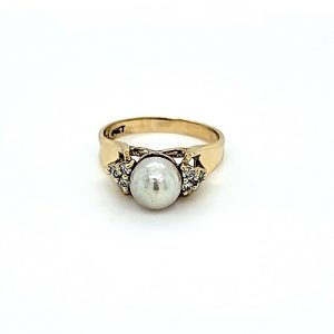 14K Yellow Gold 6.5mm Cultured Pearl & 6 Diamond Ring